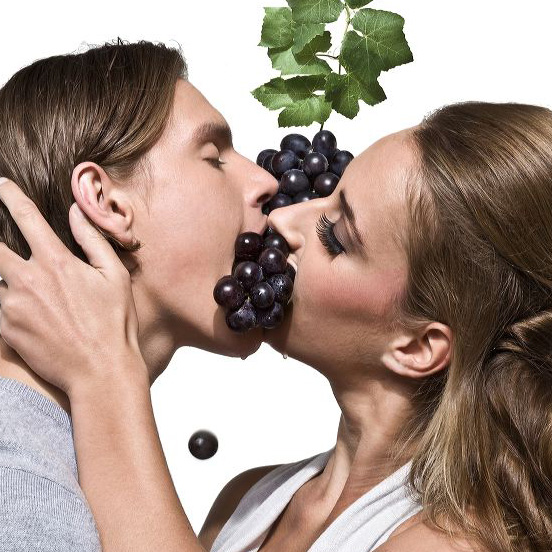 by-the-grape-kiss