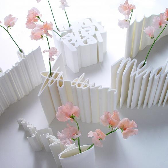 signature-vase